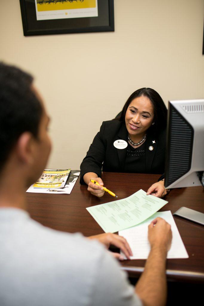 Rosen advisor meeting with student